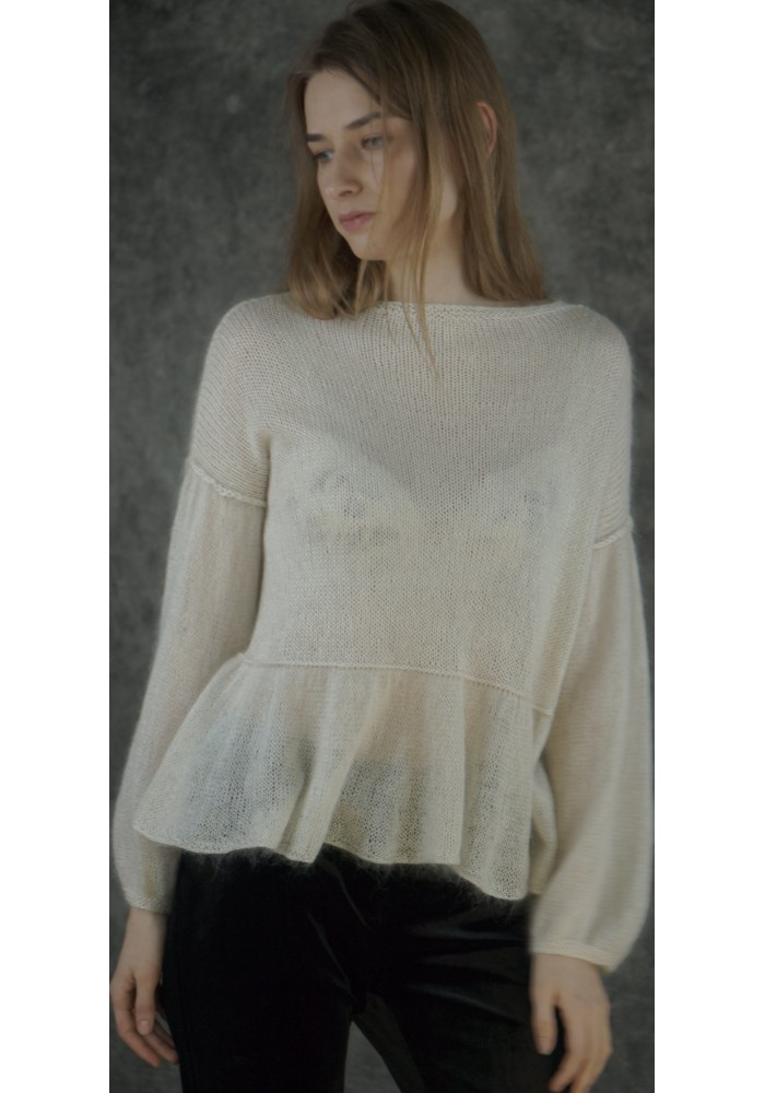 White Puff-Sleeve Ruffle Hem Top Knitted Ribbon