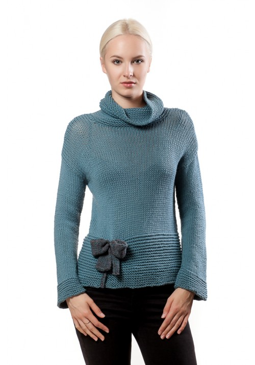 Long sleevessweater with knitted bow