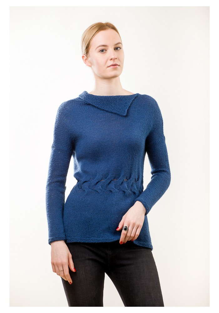 Hand knit blue long sleeves sweater