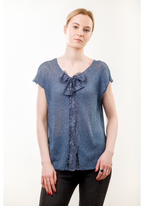 Hadmade blue sleeveless with lace blouse