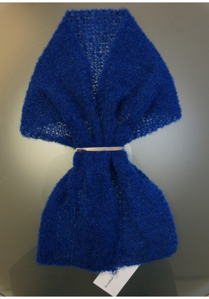 Blue  scarf decorated with brooch