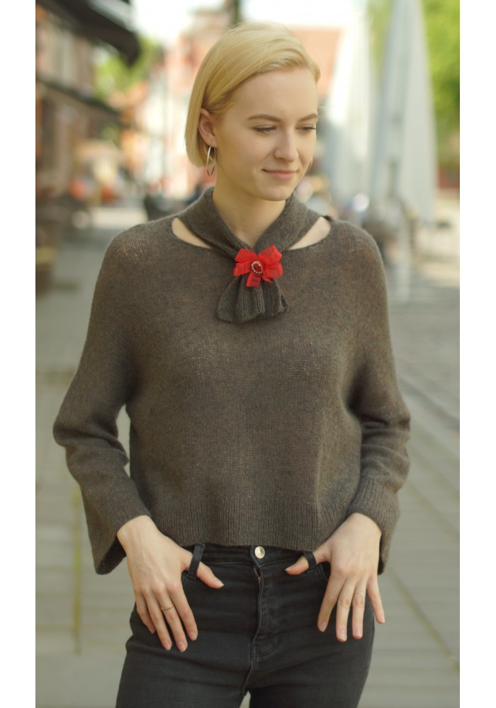 Cropped Cashmere Jumper with Pussy Bow Knitted Ribbon